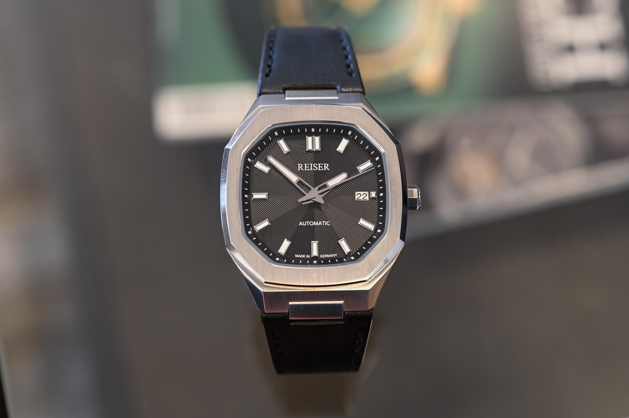 Reiser Alpen Date Watch - value proposition hands-on - 6