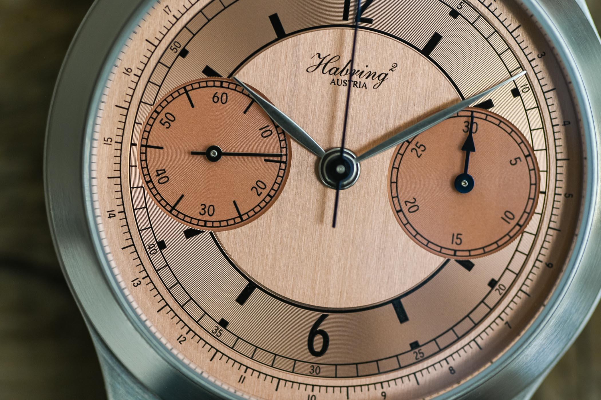 MONOCHROME Montre de Souscription 1 x Habring2 Monopusher Chronograph salmon sector dial