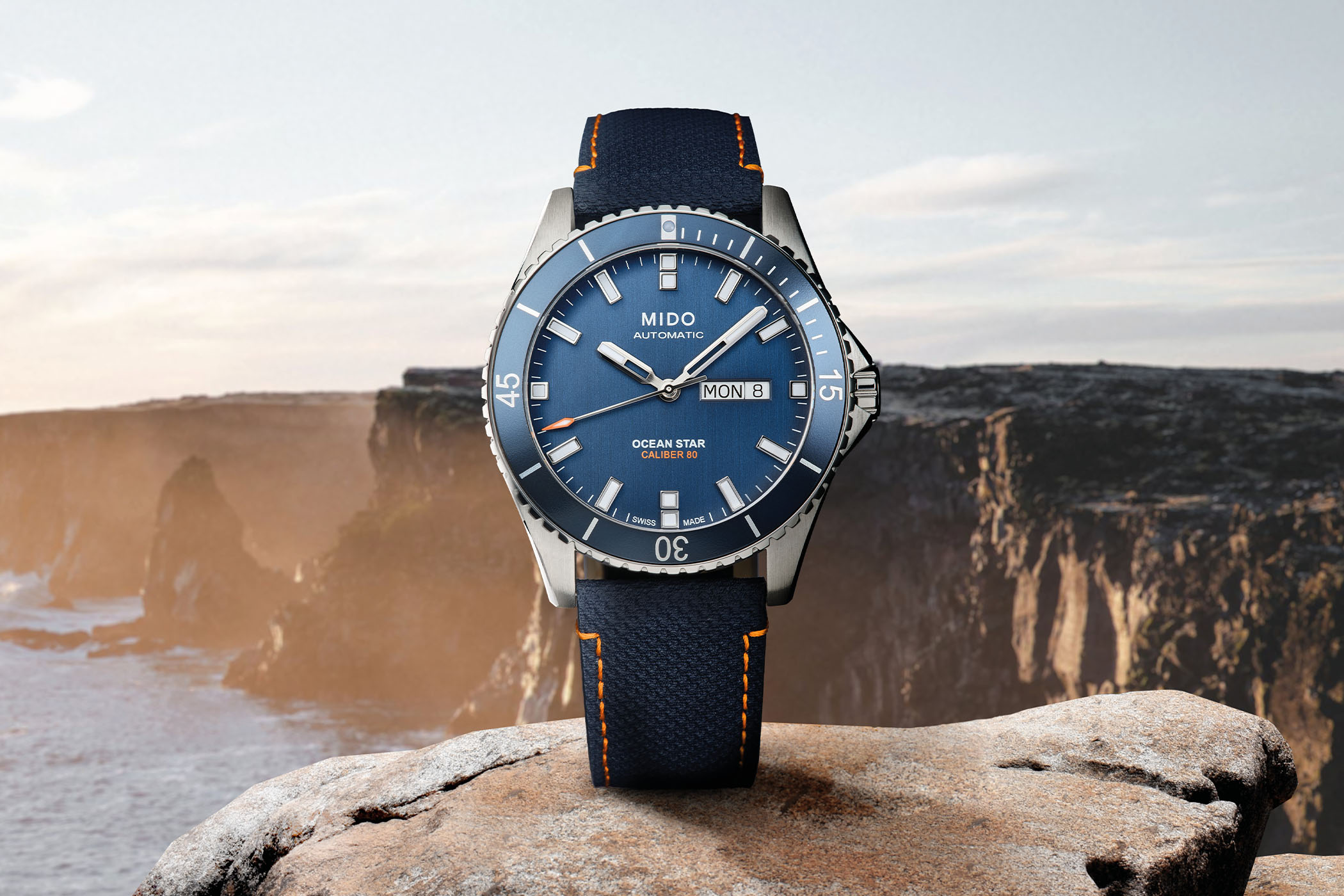 Mido Ocean Star 200 Red Bull Cliff Diving Limited Edition - M026.430.17.041.00