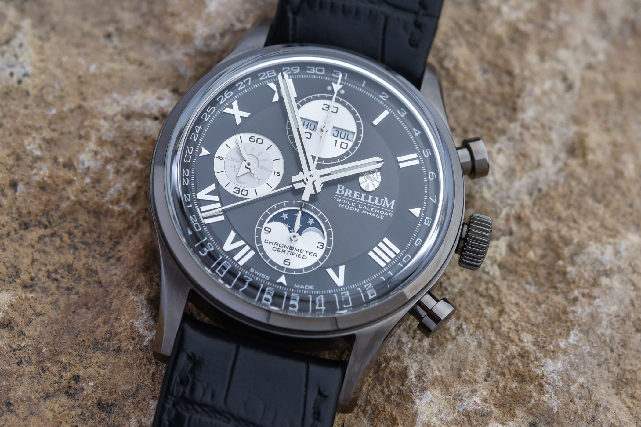 Brellum Duobox Classic LE.8 Chronometer Full Calendar Chronograph COSC