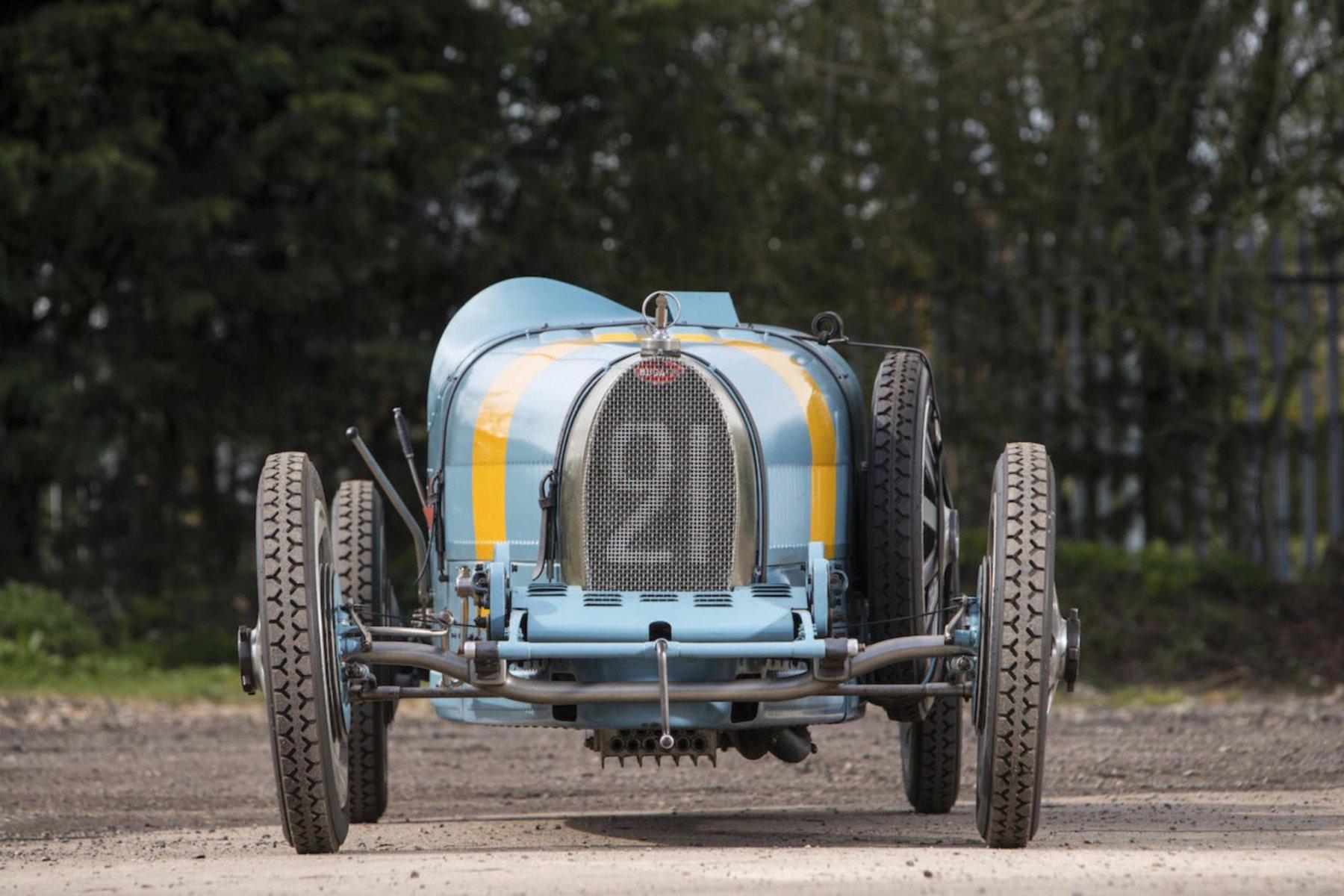 The Bugatti Type 35 race car
