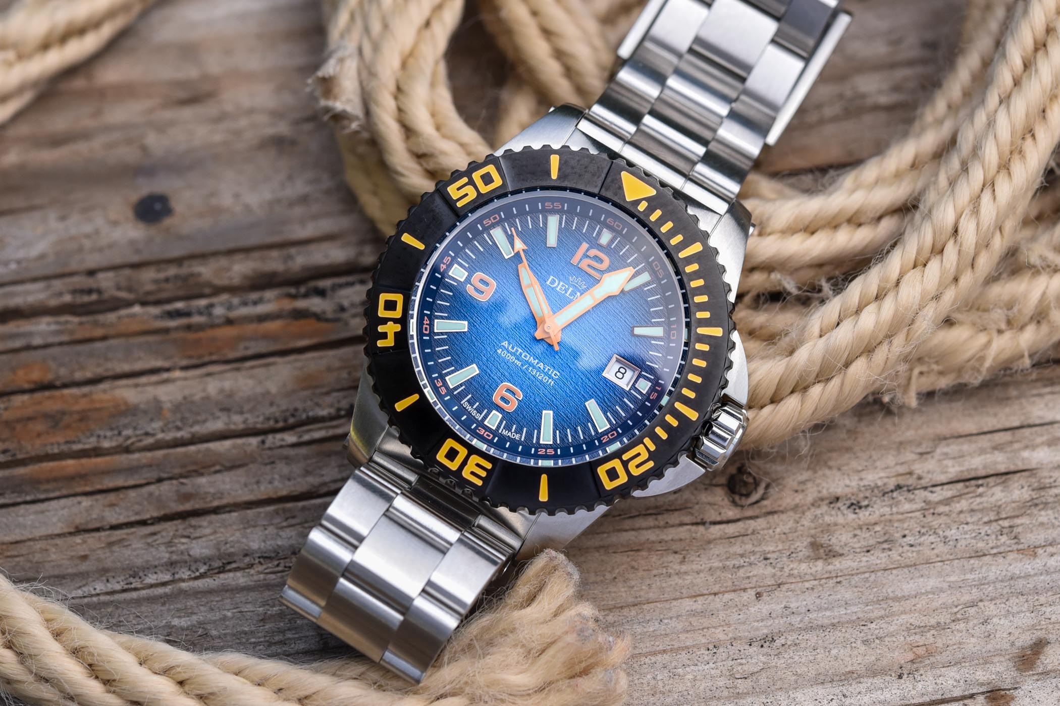 Delma Blue Shark III Azores - dive watch hands-on review - 3
