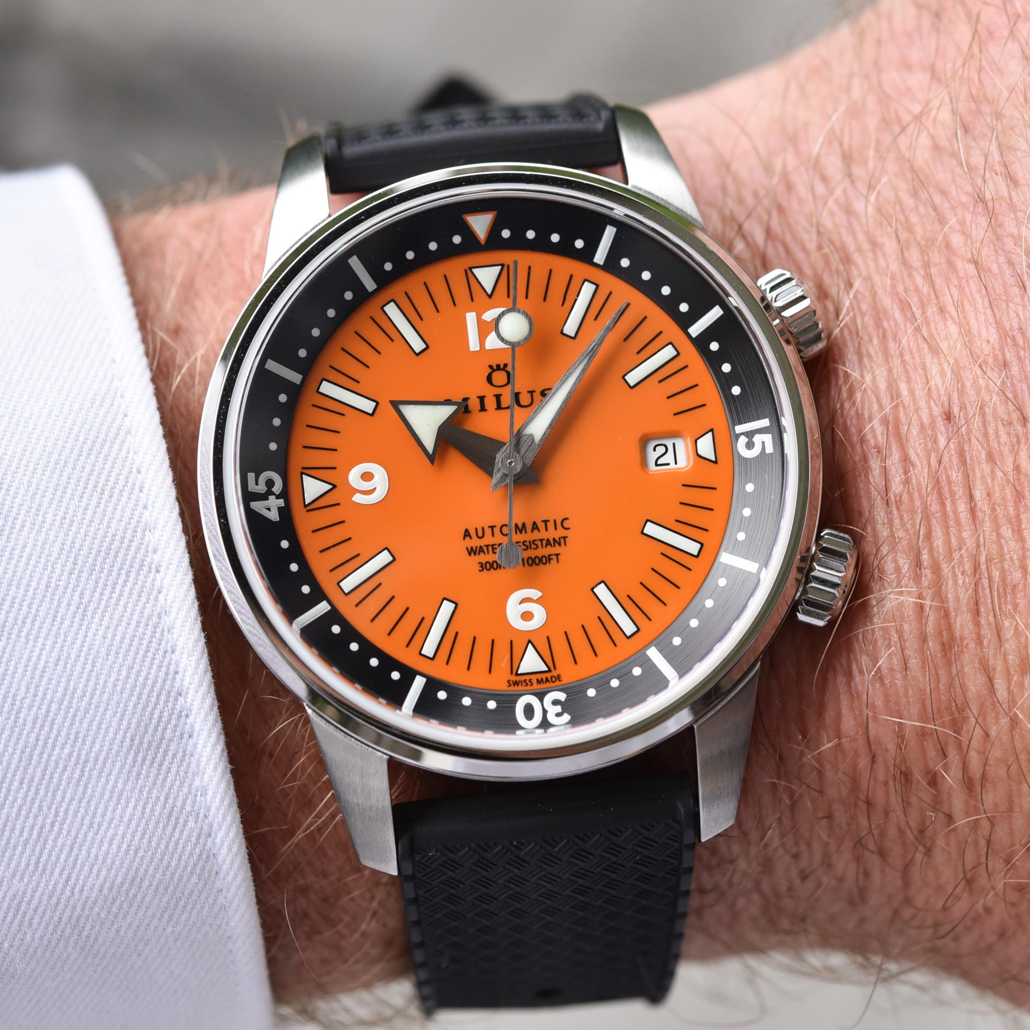 Milus Archimedes Orange Coral edition - super-compressor dive watch - 4