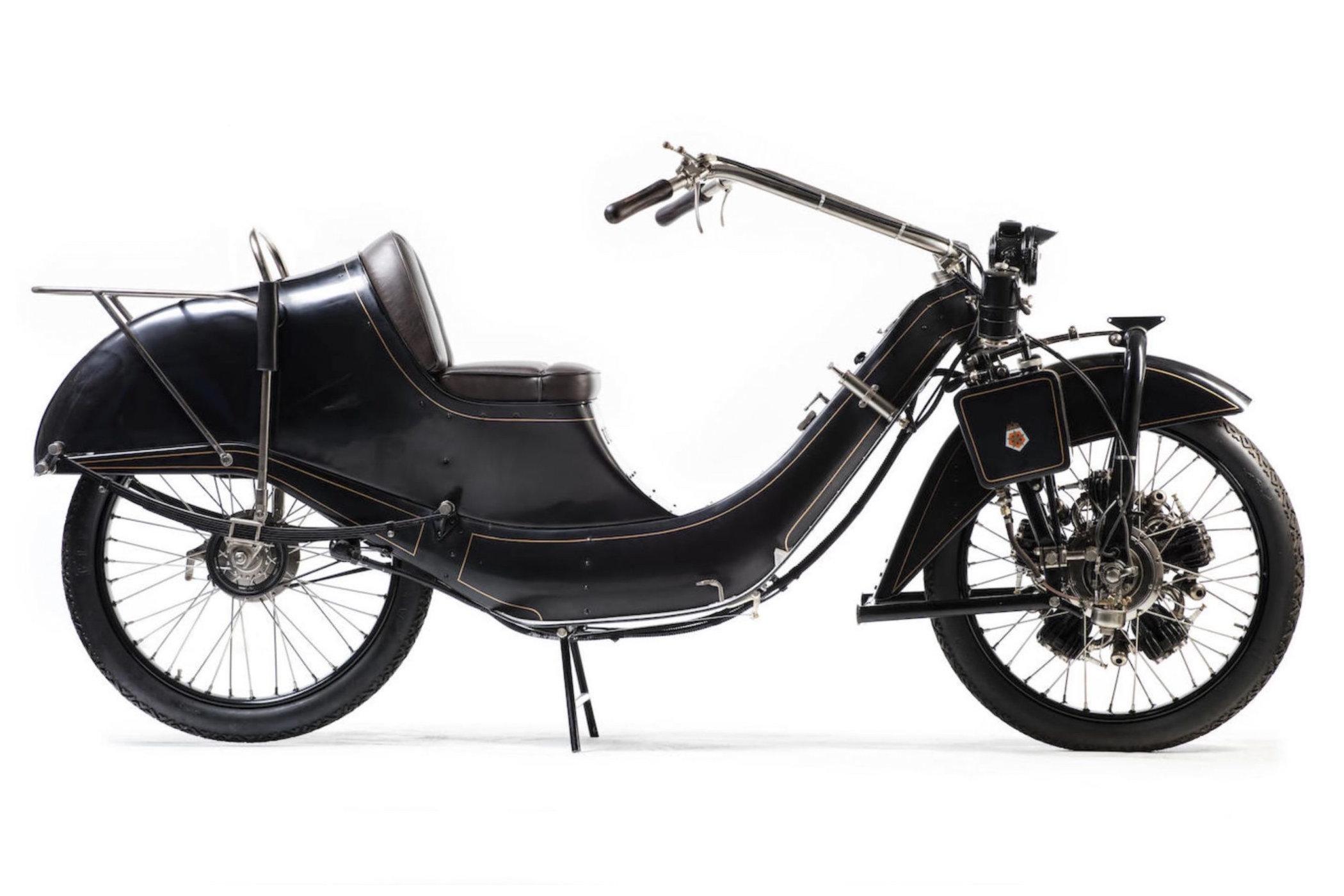 1922 Megola motorbike with front wheel mounted radial engine 2