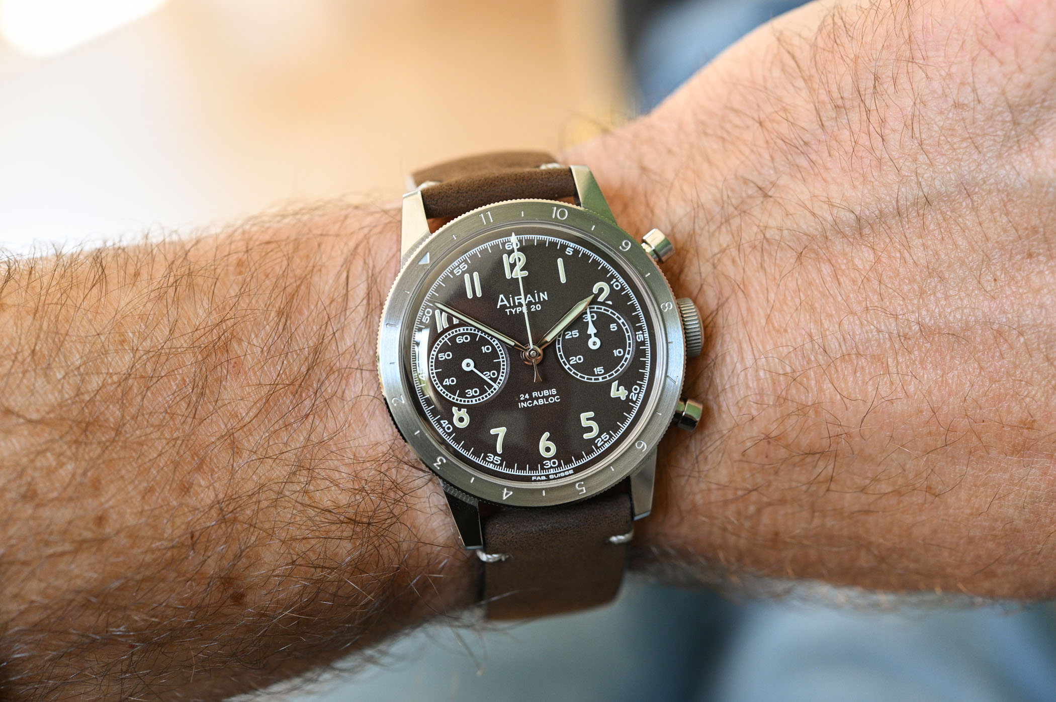 Airain Type 20 Re-Edition Limited Edition Brown Flyback Chronograph - hands-on - 12