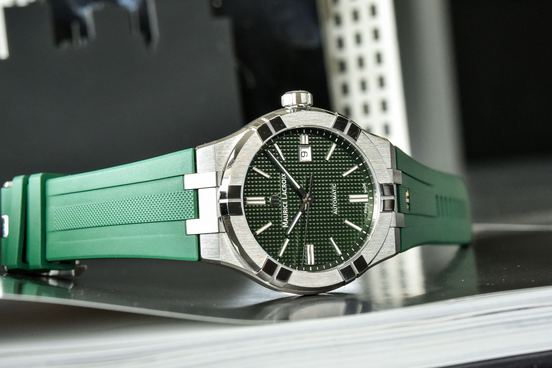 Maurice Lacroix Aikon Automatic 2021 Collection Rubber strap Green Dial