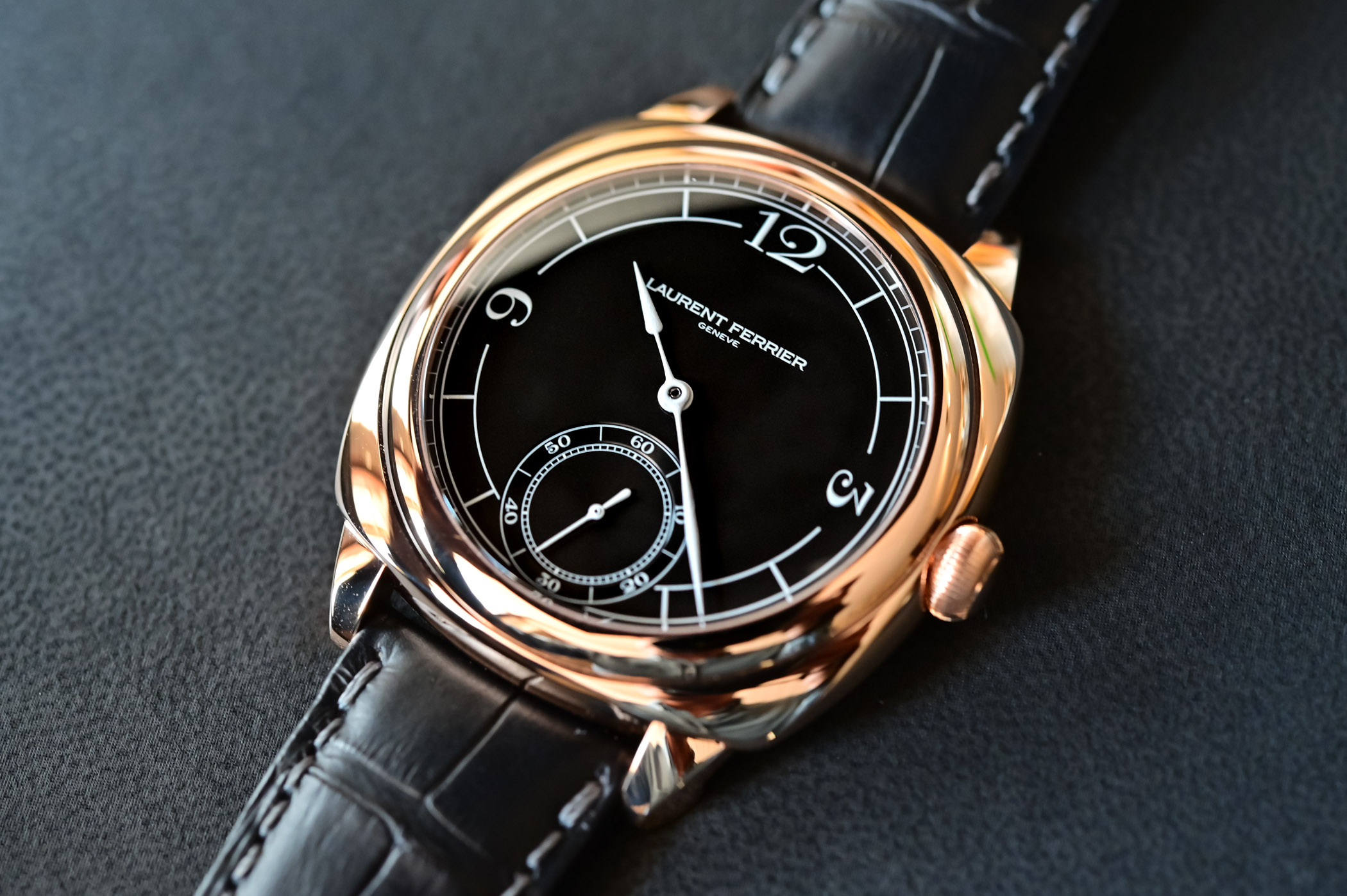 2021 Laurent Ferrier Square Micro-Rotor Retro Watches - Hands-on - 11