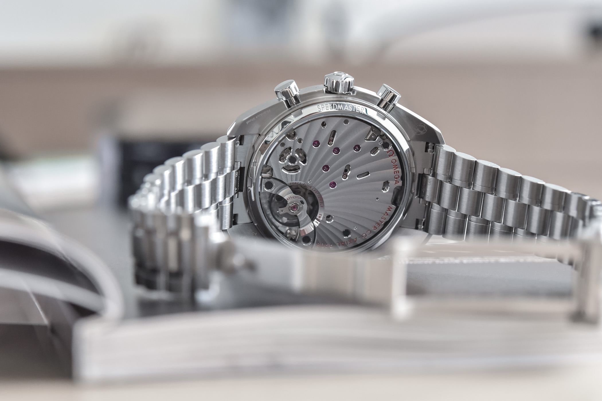 2021 Omega Speedmaster Chronoscope Collection review 329.30.43.51.03.001 10