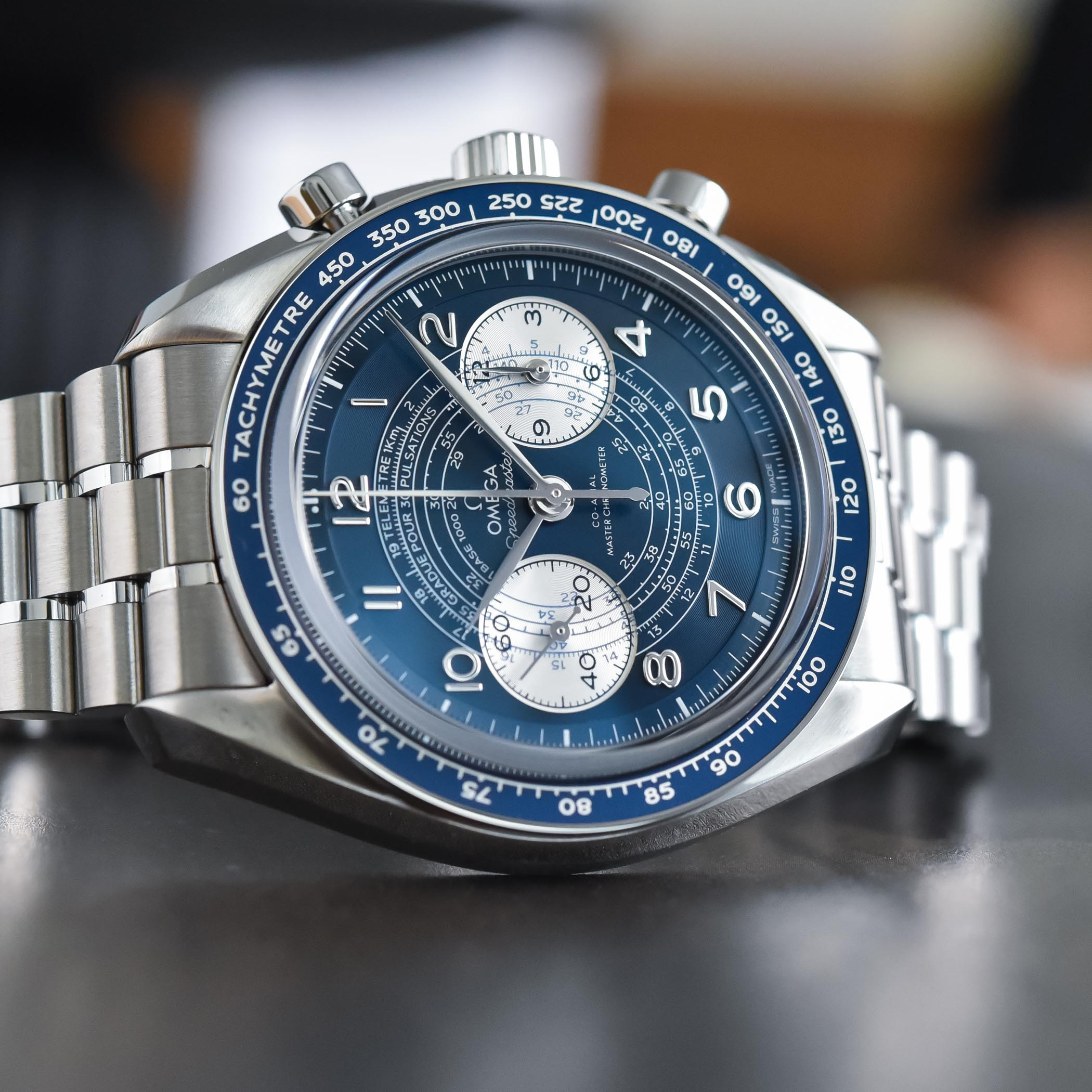 2021 Omega Speedmaster Chronoscope Collection review 329.30.43.51.03.001 9