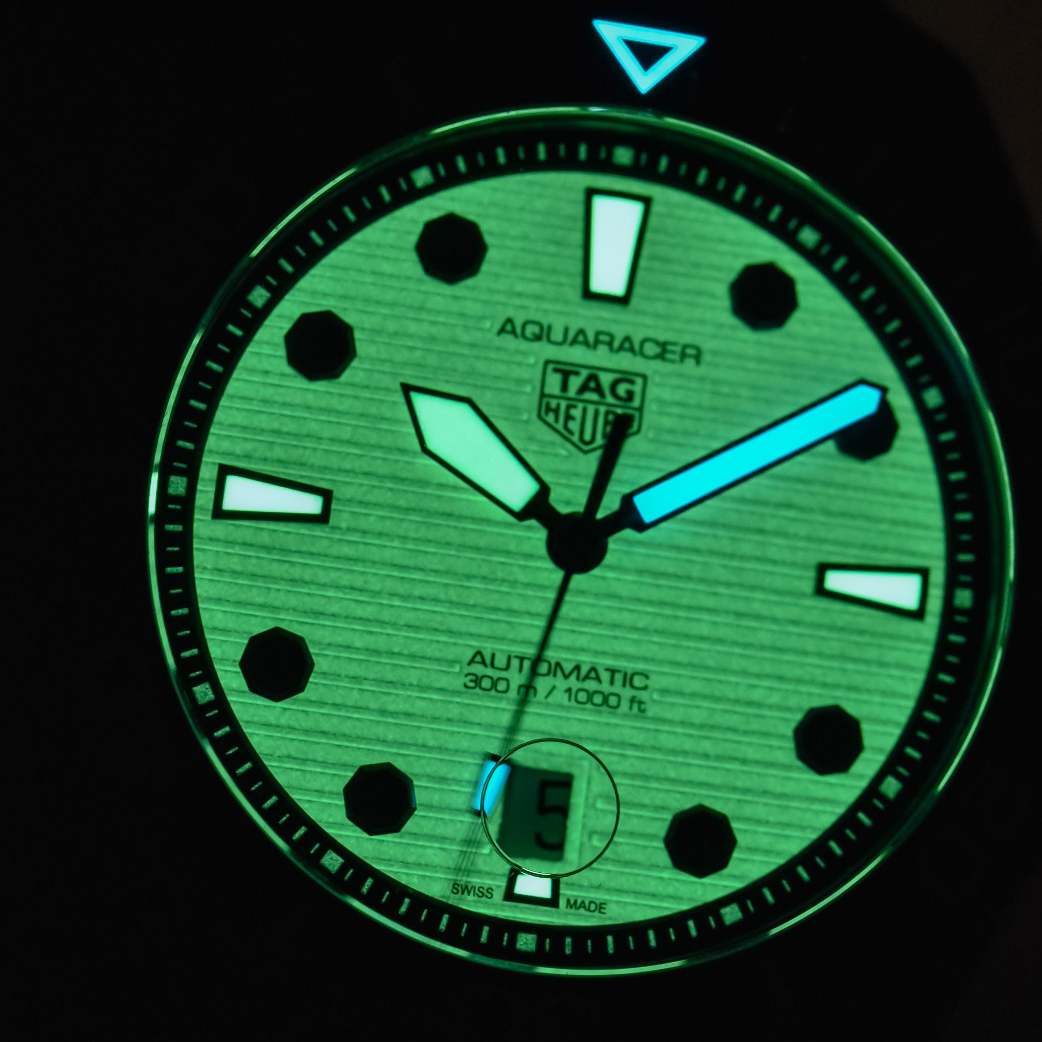 TAG Heuer Aquaracer Professional 300 NIGHT DIVER Calibre 5 Automatic - WBP201D.FT6197