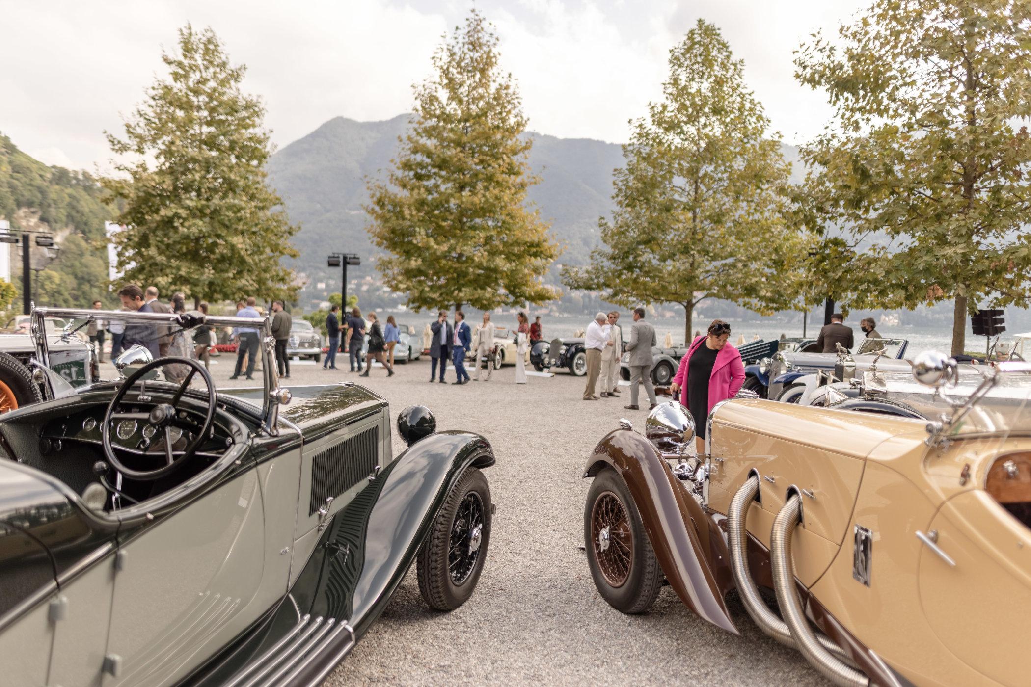 1934 Lancia Astura Torpedo GS (left) & 1937 Lagonda LG45 Rapide (right)